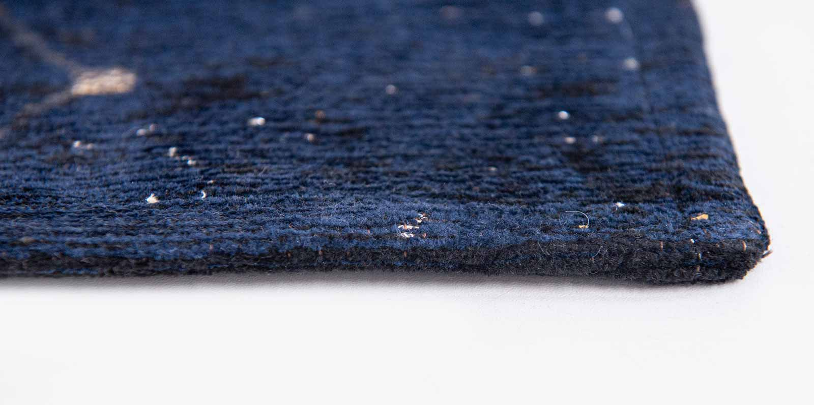 Louis De Poortere tapis Fischbacher 9060 Celestial Midnight Blue side
